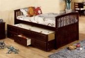 twin daybed with trundle and drawers in white