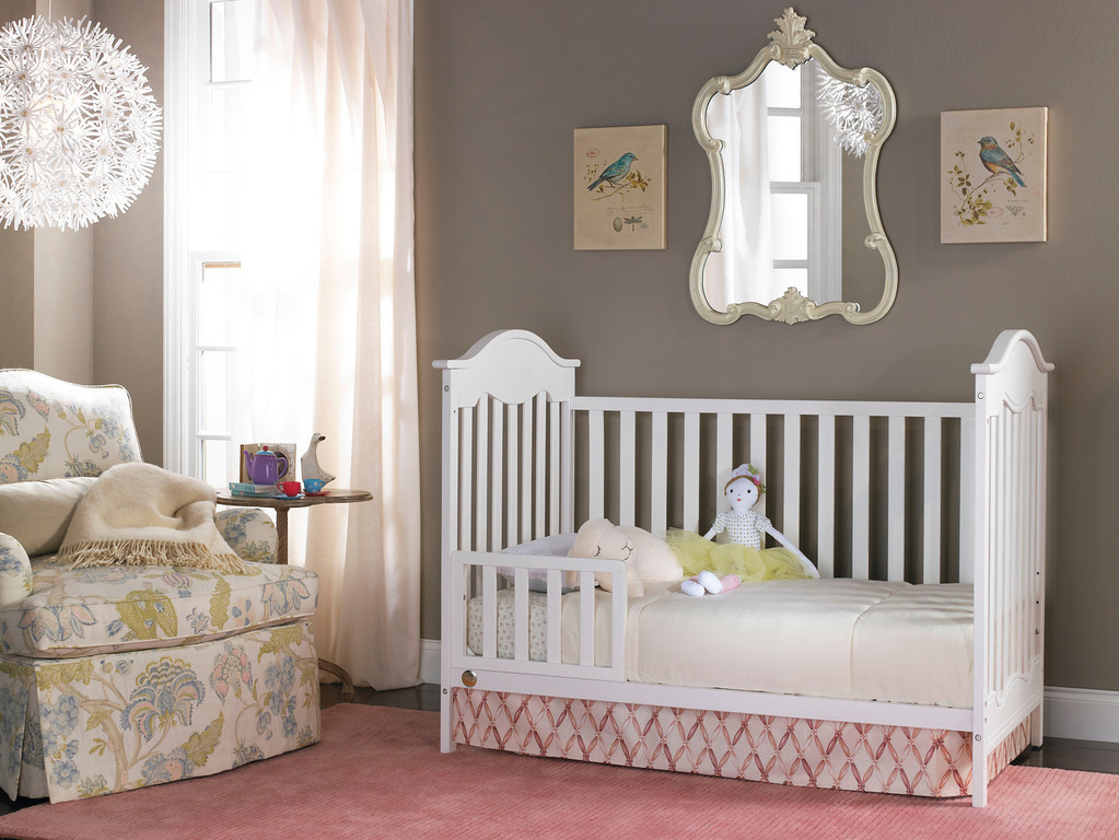Charlotte Toddler Bed Conversion Snow White