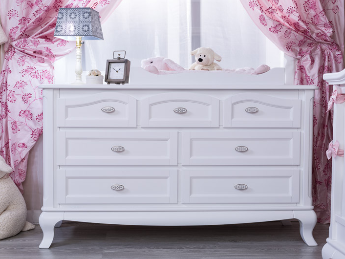 romina cleopatra 7 drawer dresser in white