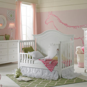 Ti Amo Catania Classic Crib in Snow White Toddler Rail