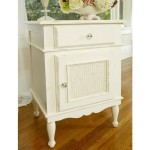 Newport Cottages Celine Nightstand