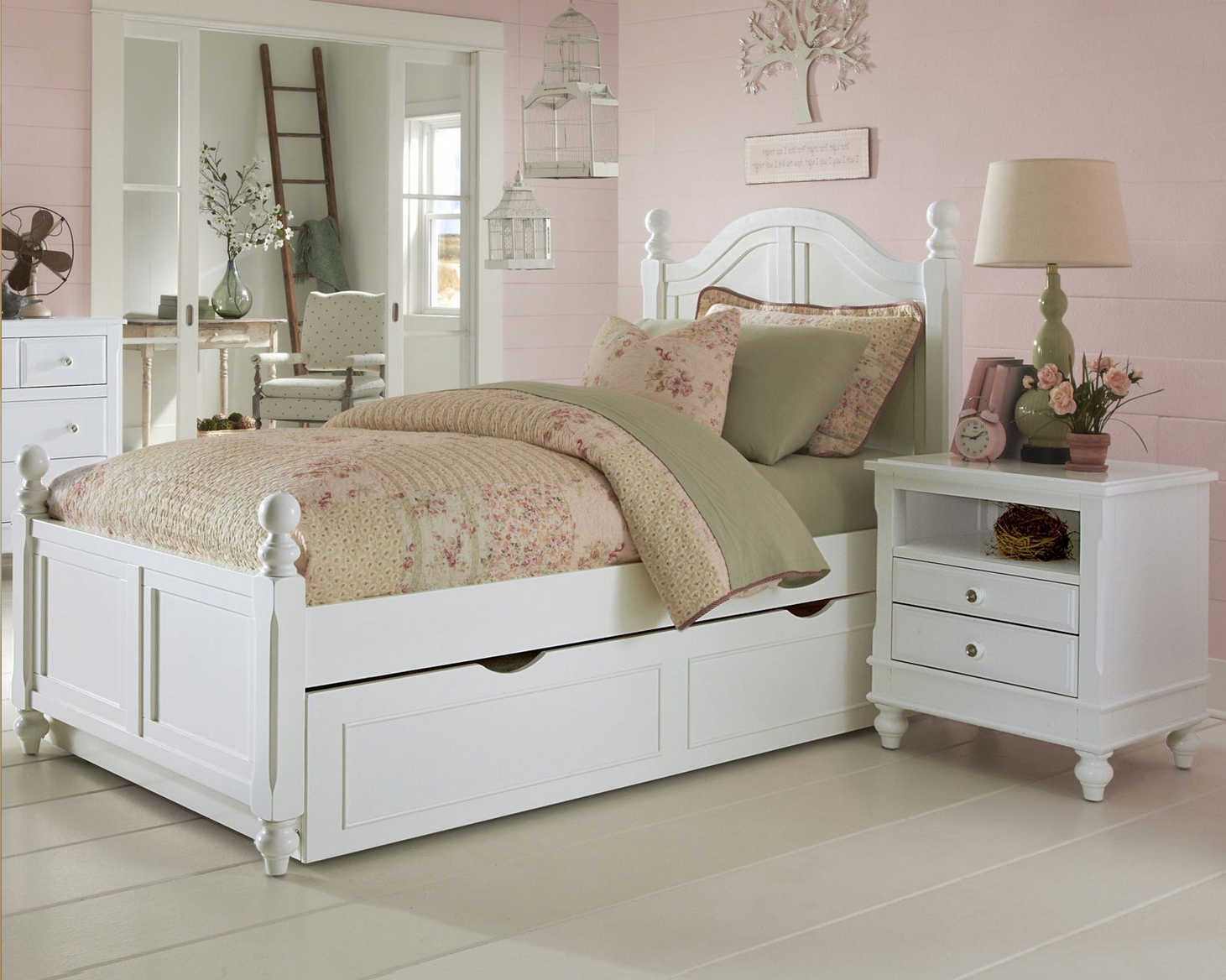 Beach House Collection Curved Bed In White Kids Furniture In Los Angeles