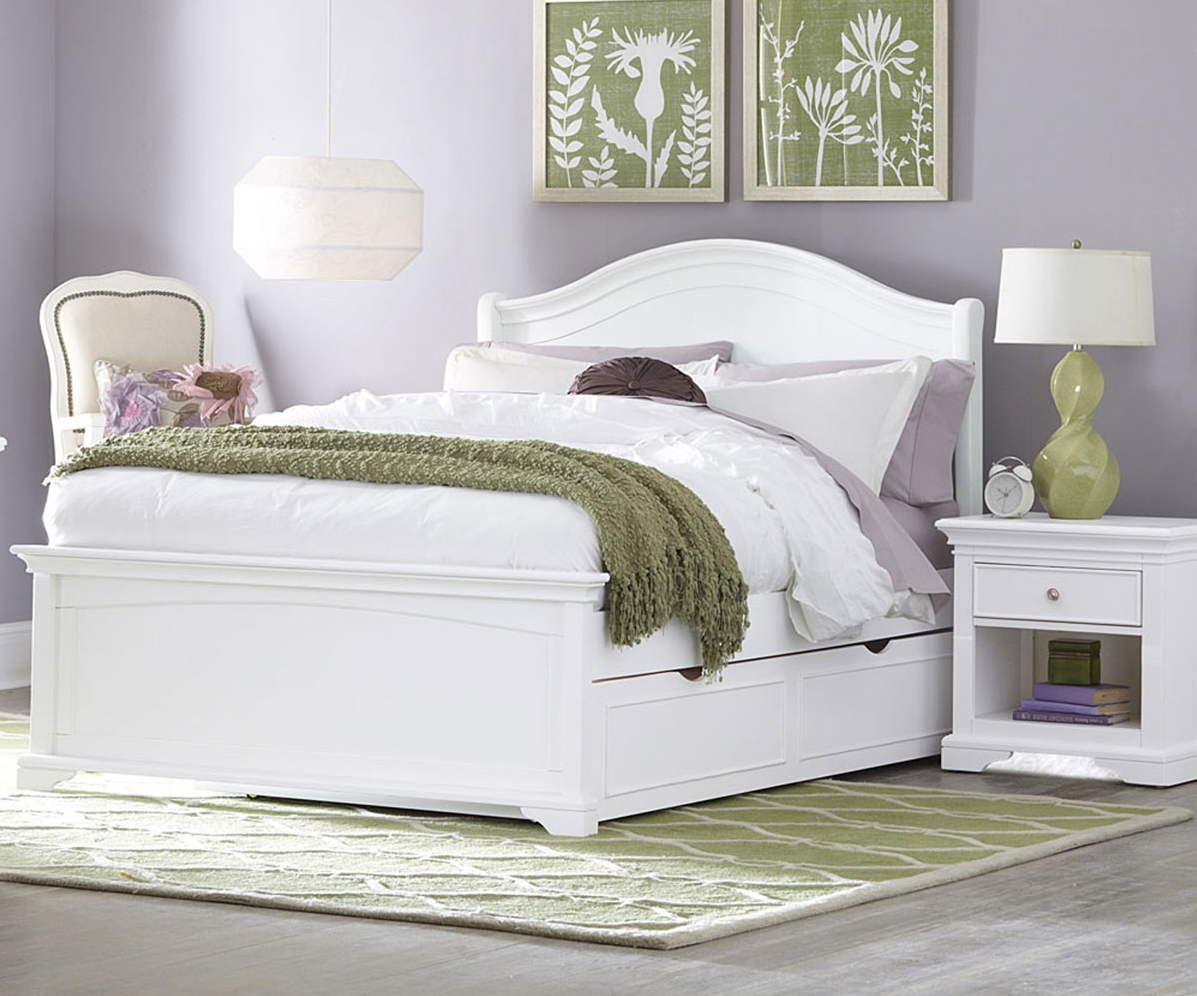 Walnut Street Collection Morgan Bed In White Kids