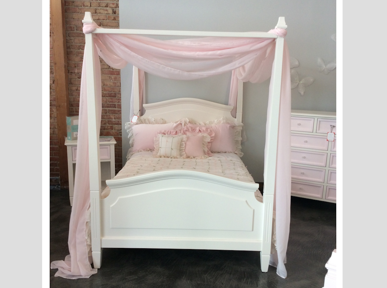Gabby Canopy Bed Kids Furniture In Los Angeles