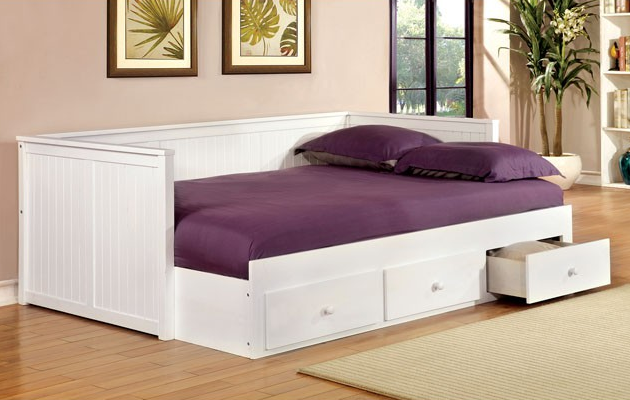Colford full size daybed w drawers kids furniture in los for Letto divano hemnes opinioni