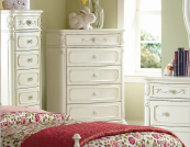 1386 chest of drawers in cream