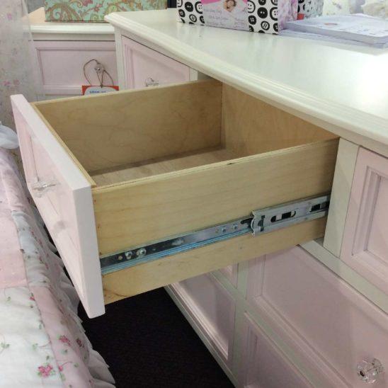 gabby collection 7 drawer dresser