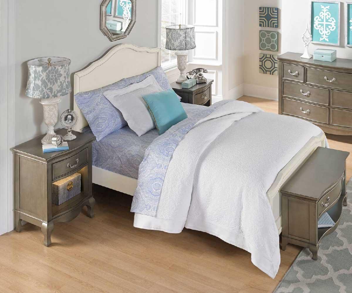 Alexandria Panel Bed In Antique White
