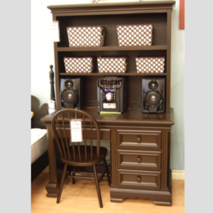 country hill student desk with hutch