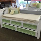 Country hill round top spindle bed with drawers and trundle