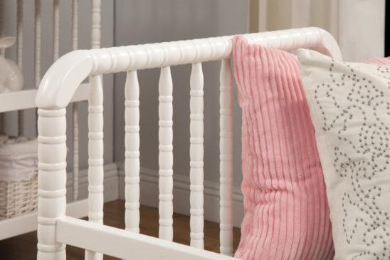 davinci jenny lind toddler bed detail