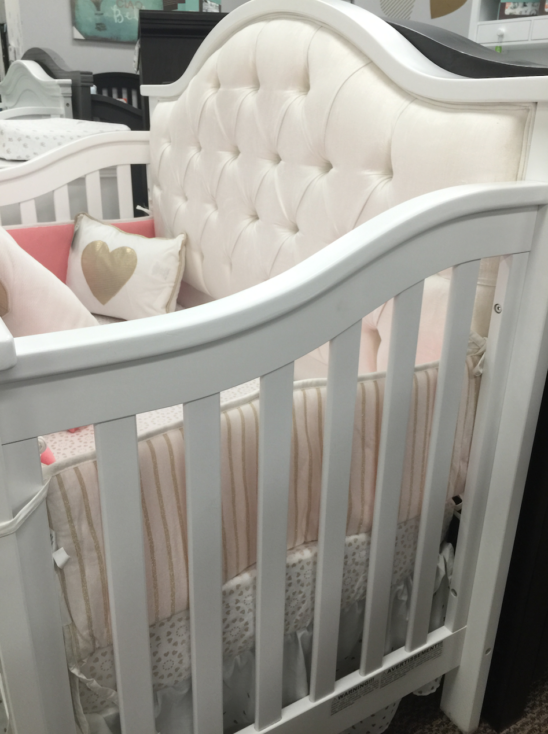 bellina tufted crib in white