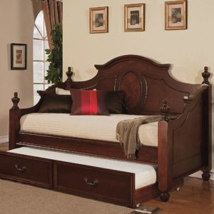 Classic Traditional Twin Size Daybed in Cherry