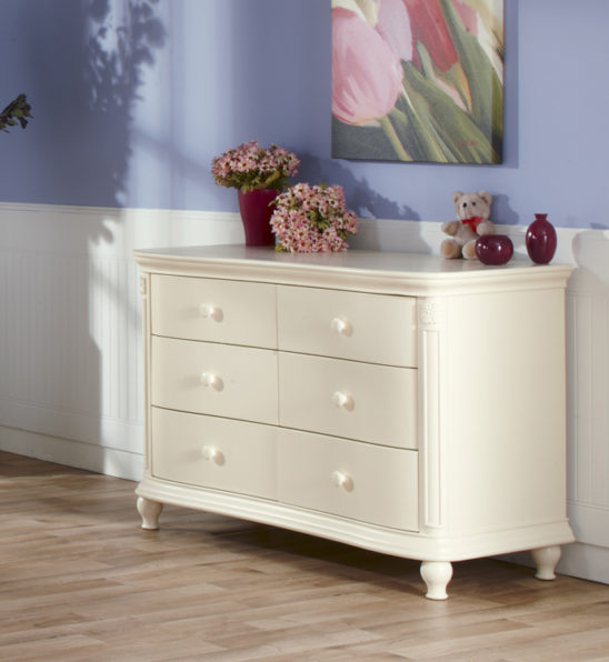 Gardenia Double Dresser in Dream Finish